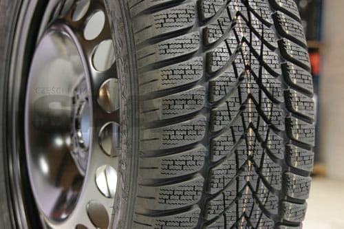 Koła Felgi Stalowe 17 Cali Opony Zimowe Dunlop Winter Sport 4d 225